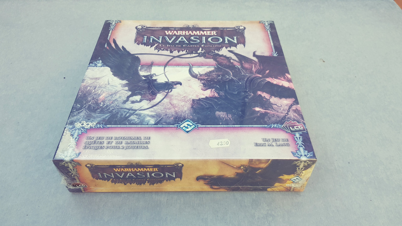 Image article Warhammer invasion jeu de carte évolutif