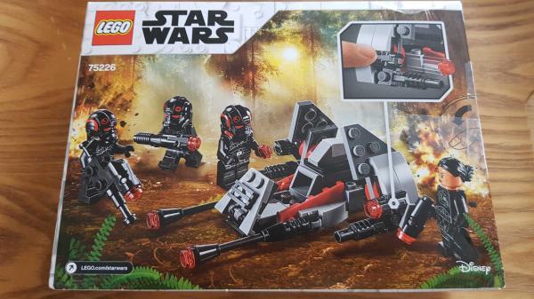 Image article LEGO Star Wars Pack de combat de l'Escouade Inferno - 75226