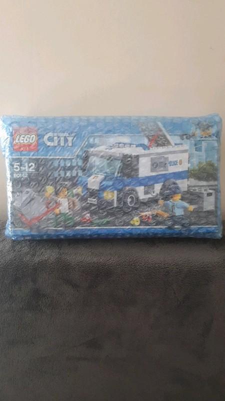 Image article lego city 60142 NEUF