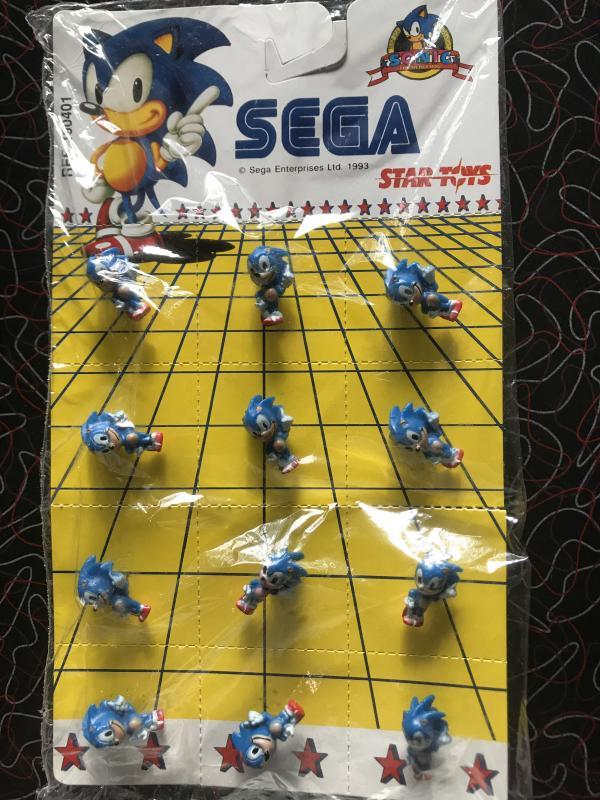 Image article Planche de 12 pins sonic sega star toys