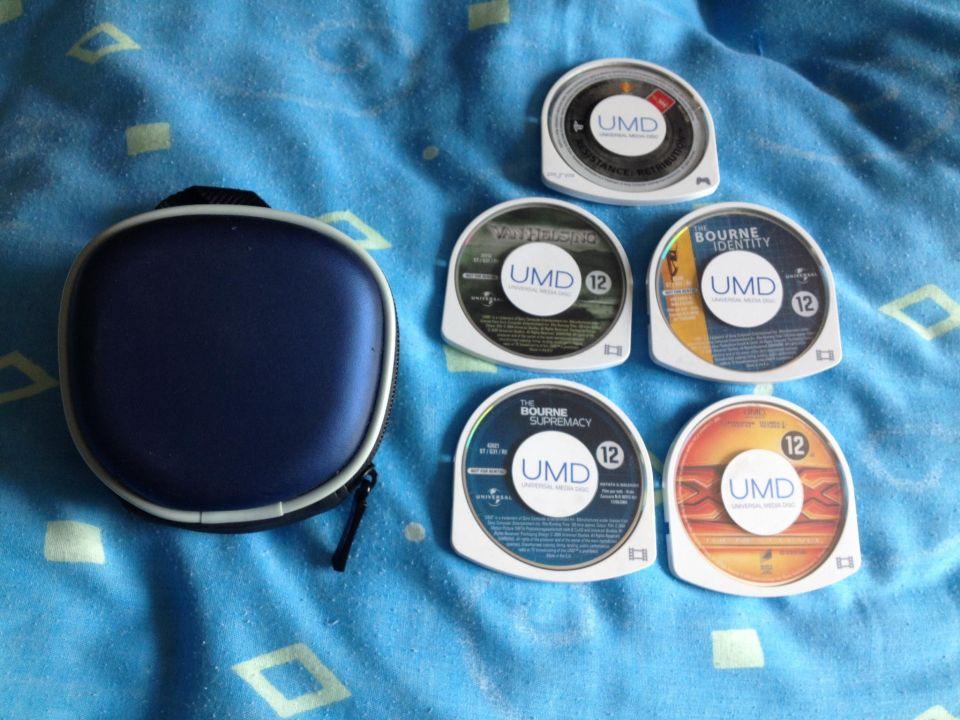 Image article PSP 1 jeu et 4 films + pochette de transport