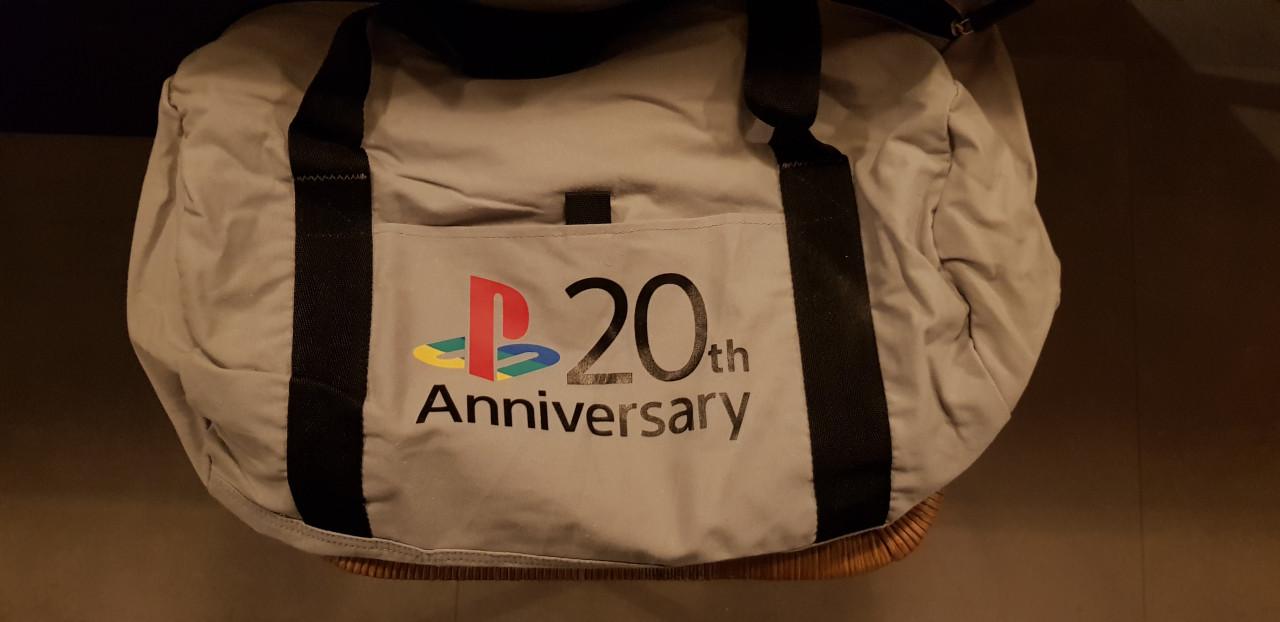 Image article Sac de sport 20th anniversaire playstation
